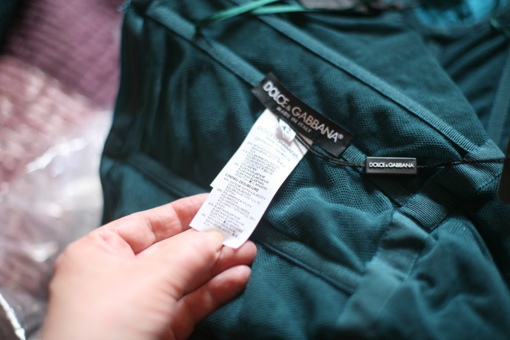 Size and Fabric Label